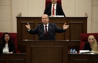 """Tatar: """"Niyazi Kızılyürek'in kimin adayı?"""""""