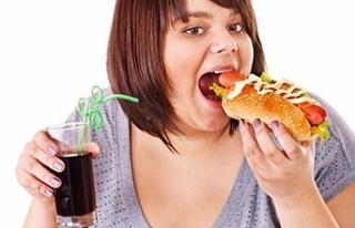 'Çocuklarda abur cubur obeziteye davetiye çıkarıyor'
