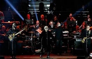 Cumhurbaşkanlığı Senfoni Orkestrası ve MFÖ aynı...