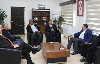 Denktaş, Maronitlerin Güneydeki temsilcisini kabul...