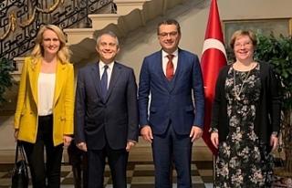Erhürman, Türkiye Cumhuriyeti Londra Büyükelçiliği'ni...