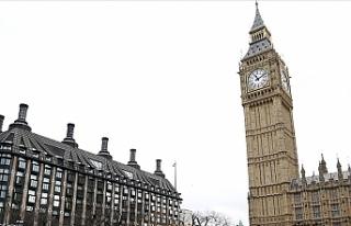 İngiltere'de istifa eden milletvekilleri yeni...