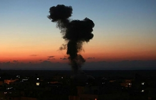 İsrail, Gazze'de 3 noktaya hava saldırısı...