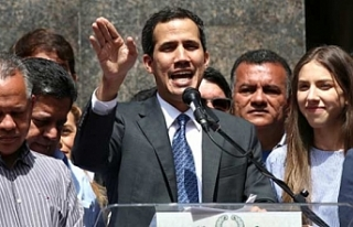 """Juan Guaido: """"Asker destek verince devlet başkanlığı..."""