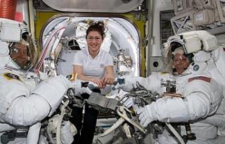 Kadın astronotların kıyafet krizi uzay yürüyüşünü...