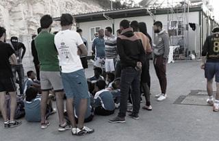 Komisyon'dan mülteciler konusunda maddi, pratik...