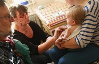 """""""Özellikle çocukluk çağı aşılarının..."""