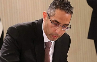 """Rum Savunma Bakanı: """"İstikrara katkı koyuyoruz"""""""