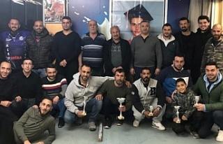 Salih Özgünan Açık Darts Turnuvası'nda Mehmet...