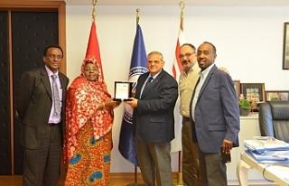 Somali Gençlik ve Spor Bakanı Khadijo Mohamed Diriye'nin...