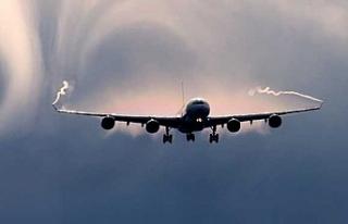 Uçak yolculuğunda en çok karşılaşılan hava...