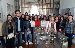 UKÜ öğrencilerinden Dr.Fazıl Küçük Müzesi'ne...