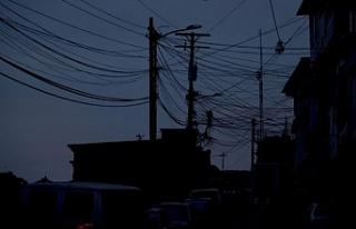 Venezuela hükümetinden elektrik kesintisi için...