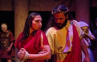 Antigone adlı oyunun galası yapıldı