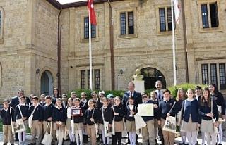 Ataoğlu, İtalya'da dereceye giren öğrencileri...
