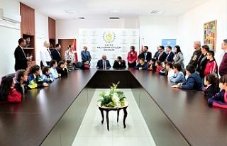 Bakan Özyiğit, öğrencilere Atatürk'ün yaptıklarını...