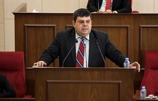 """Berova: """"Hükümet her oturumda Mecliste bulunmak..."""