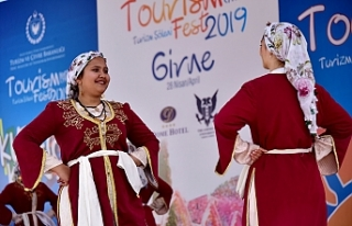 Girne'de Turizm Şöleni