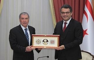 Kayral'dan Başbakan'a veda ziyareti
