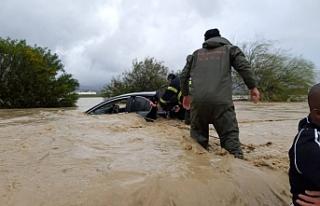 KKTC'deki sel felaketi Rum basınında