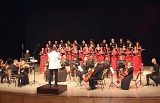 """""""Korolar Söylüyor"""" adlı konser, Bellapais Manastırı'nda..."""