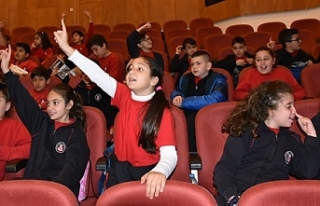 """""""Lefkoşa Belediye Orkestrası ile Orkestrayı Tanıyorum""""..."""
