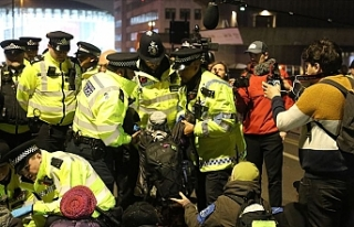 Londra'daki çevreci işgal eyleminde 47 gözaltı