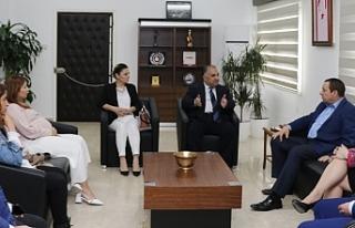Maliye Bakanı Serdar Denktaş, Kıbrıs Türk Televizyoncular...