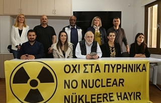 Nükleere karşı insan zinciri