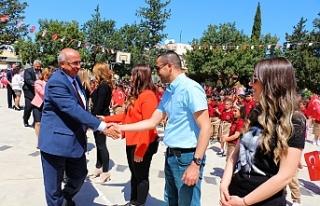 Özyiğit, Alayköy İlkokulu'nda düzenlenen törene...