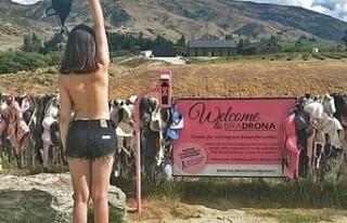 Binlerce kadın, sütyenini buraya bırakıyor! Nedenini...