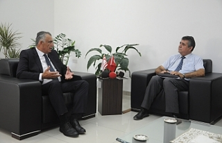 """Çavuşoğlu: """"Temennimiz diyaloğu eksiltmemek"""""""