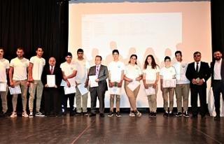 """""""Genç Yaklaşım Sosyal Sorumluluk Projesi"""" Ödül..."""