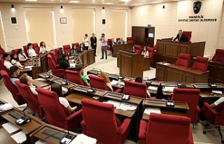 Gençler, Meclis Genel Kurul'nda