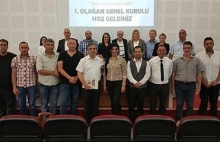 HAK-SEN Başkanlığı'na yeniden İzzet Türkmen...