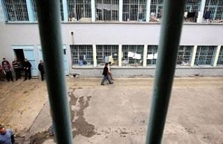 Hapishanede mahkumlar arasında çıkan kavgada en...