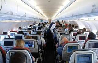 Japon yolcu 246 kapsül kokain yuttu ve uçakta öldü
