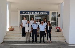 Manavoğlu, 20 Temmuz Fen Lisesi öğrencilerini kabul...