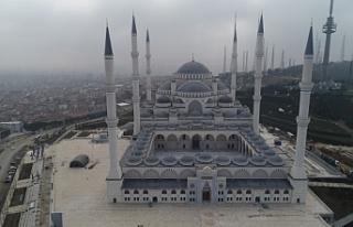 Türkiye'nin en büyük camisi bugün resmen açılıyor