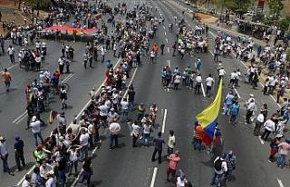 Venezuela'da kalkışmaya katılan milletvekillerinin...