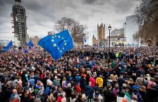 """""""25 AB üyesi Brexit'in bir kez daha ertelenmesinden..."""