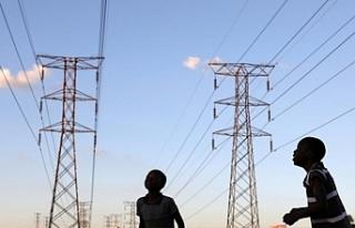 """""""Afrika'da 600 milyon kişi elektriksiz"""""""