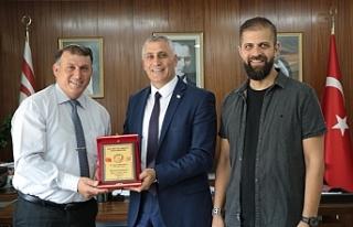 Amcaoğlu,KKTC Atıcılık Federasyonu yetkililerini...