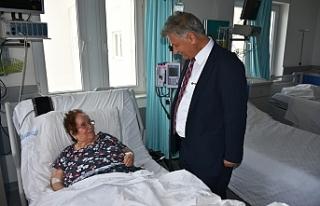 Bakan Pilli'den Gazimağusa Devlet Hastanesine...