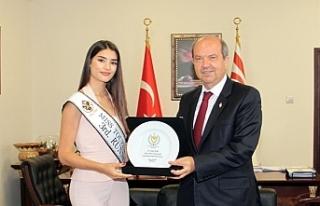 Başbakan Tatar, Fulya Tilki'yi kabul etti