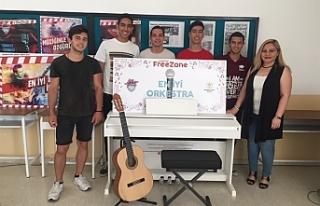 Bülent Ecevit Anadolu Lisesi orkestrası, kazandığı...