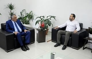 Eğitim Bakanı Çavuşoğlu, KTAMS heyetini kabul...