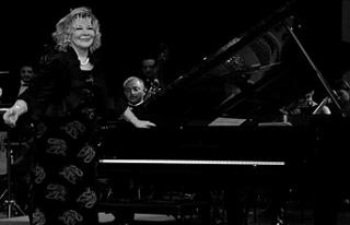 Gülsin Onay Piyano Festivali