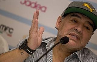 Maradona sağlık sorunları nedeniyle Dorados'tan...