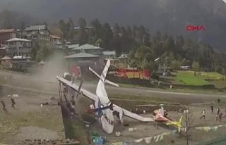 Nepal'deki uçak kazasının yeni görüntüleri...